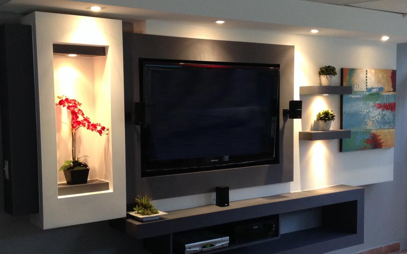 tv-in-wall-made-with-gypsum-board